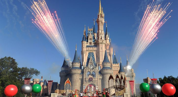 Top 10 Best Paris Disneyland Attractions
