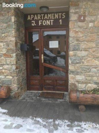 Font 1 Apartments