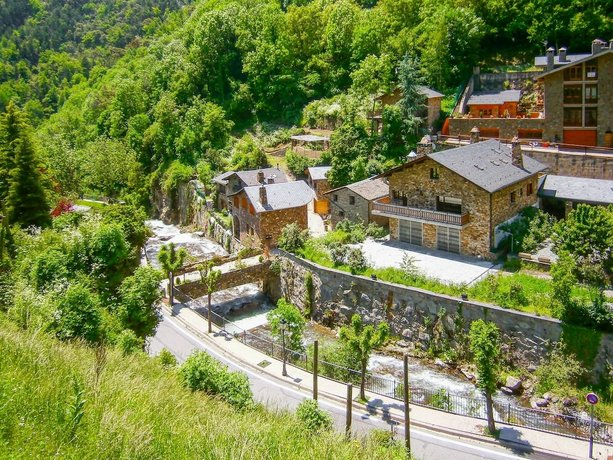 Apartment With 3 Bedrooms in El Tarter With Wonderful Mountain View and Wifi - 150 m From the Slope