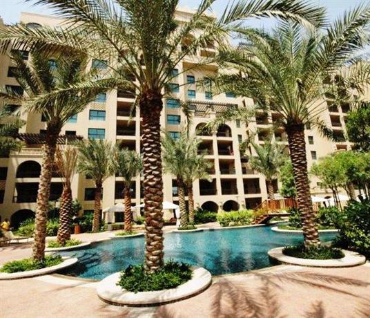 The Holidays Shop - Palm Jumeirah Apartment