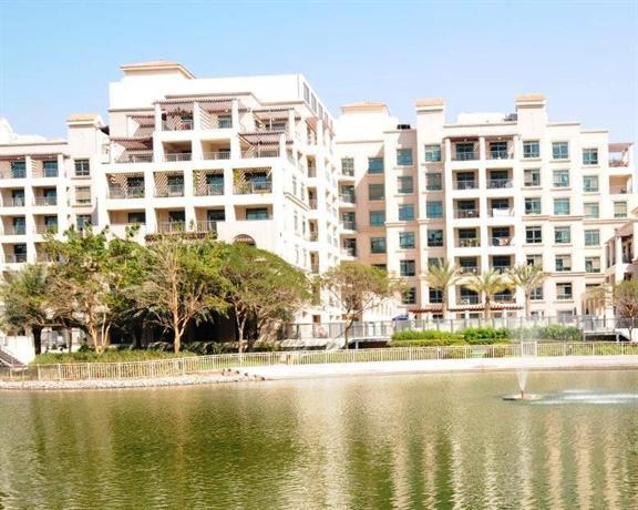 Dubai Apartments - The Greens - Canal Apartments