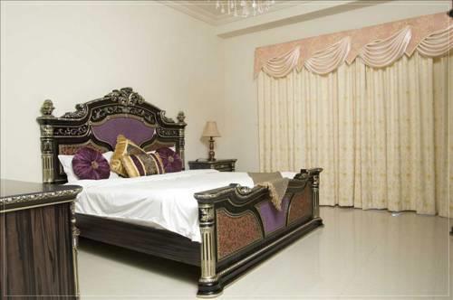 Dubai Apartments - Palm Jumeirah - Golden Mile