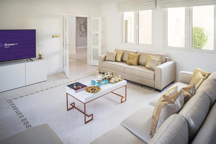 Dream Inn Dubai - Executive Palm Beach Villa