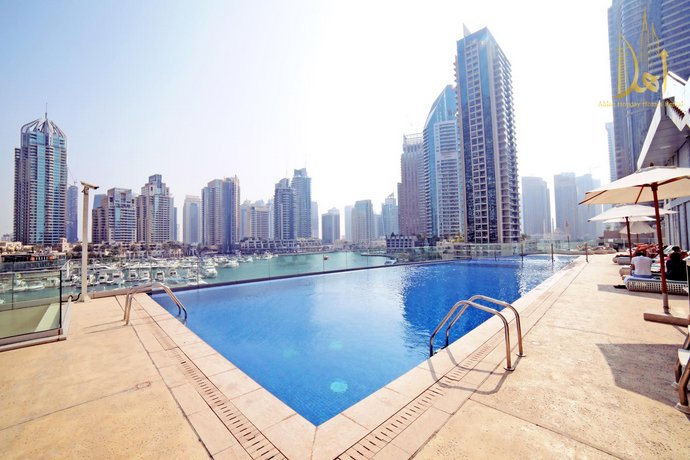 Spectacular Marina View Cayan Tower Dubai Marina
