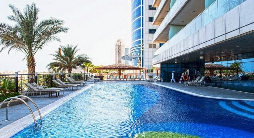 Luxurious 1BR Marina Apt near JBR beach 1min Metro