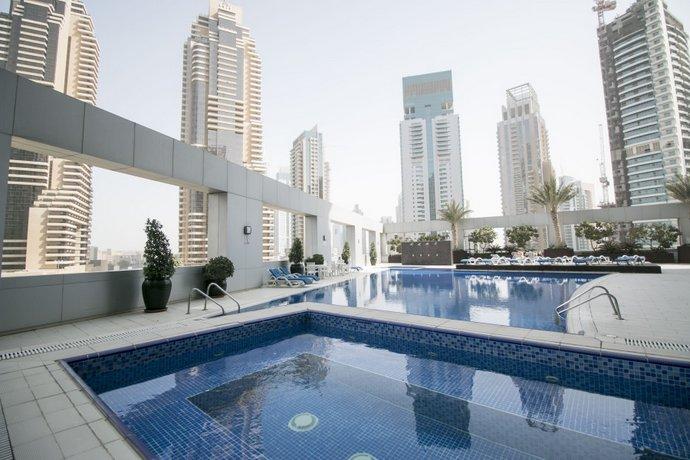 Lovely Sea Views Studio In Heart of Dubai Marina