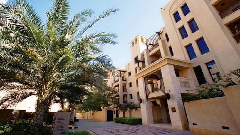 Excellent 1 Bed Apartment in Reehan Old Town