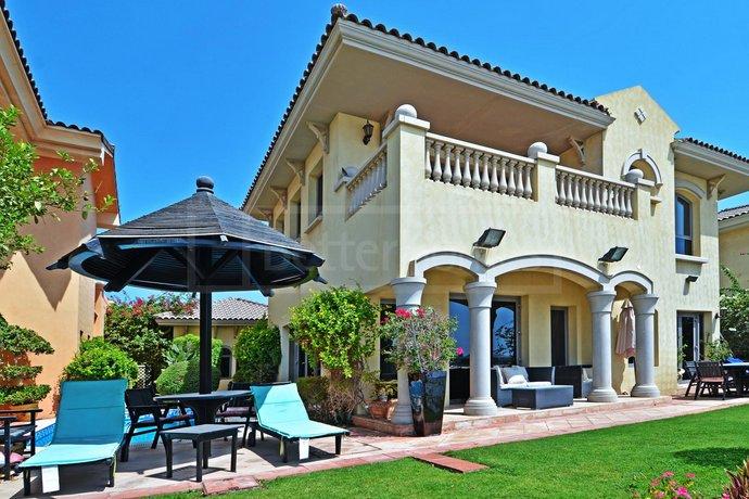 Jumeirah Holiday Palm Villa