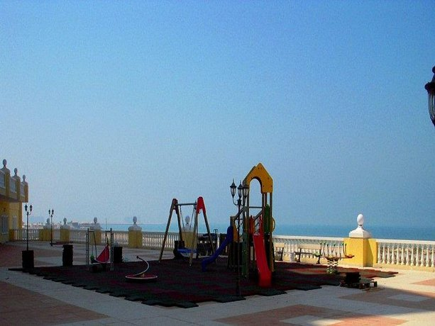 Large Studio - Al Hamra Village