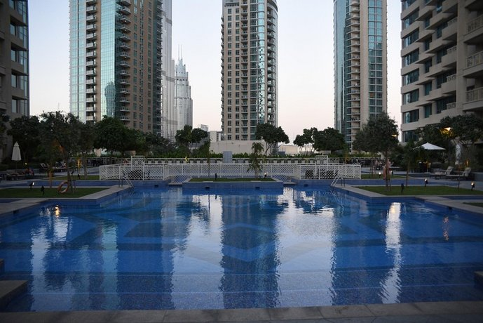 One Bedroom Apartment - Boulevard Central 1