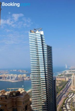 AC Pearl Holiday - Elegant Sea view Four Bedroom Apartment