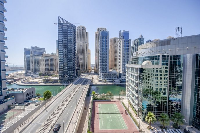 Modern Two Bedrooms in Dubai Marina by Deluxe Holiday Homes