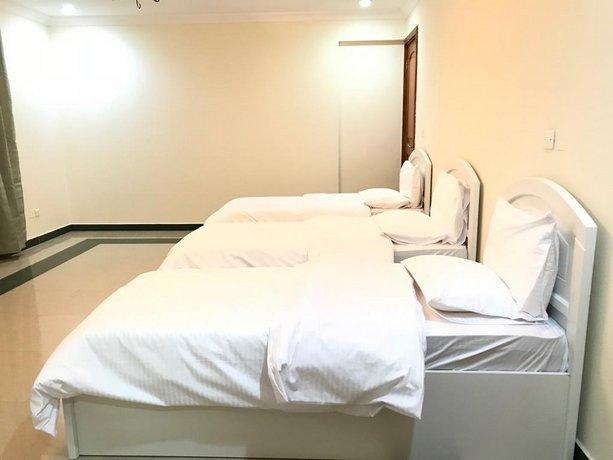 Luxury Furnished 5BR Villa located in Umm Sequim