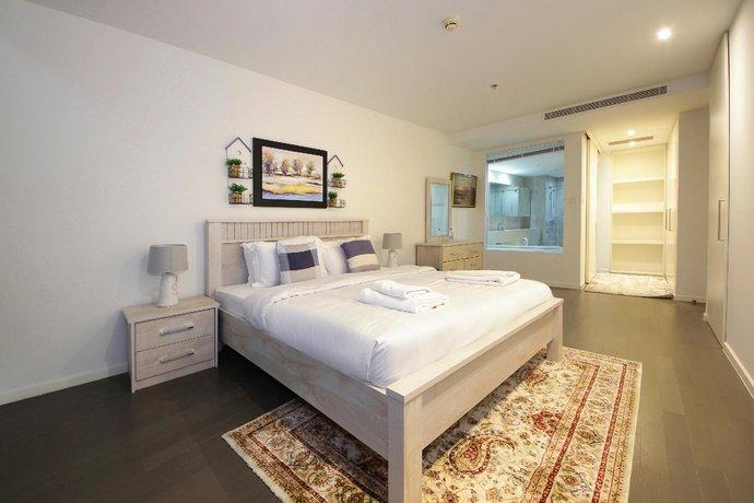 Luxury 3 Bedroom Apartment D1 Tower