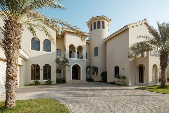 Fantastay Villa with Private Beach - Palm Jumeirah