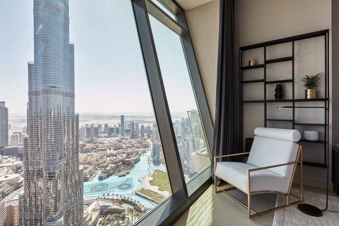 Fantastay - Burj Vista 03 Bedroom Apartment