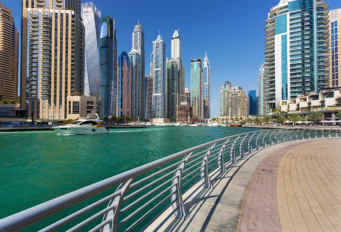 Experience The Trident Grand Residence Lifestyle 2 Beds With Full Sea View Dubai Marina 1105