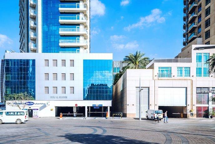 One Perfect Stay Studio Burj Al Nujoom