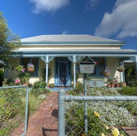 Semaphore Beach Cottage Adelaide