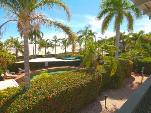 Cable Beachside Villas
