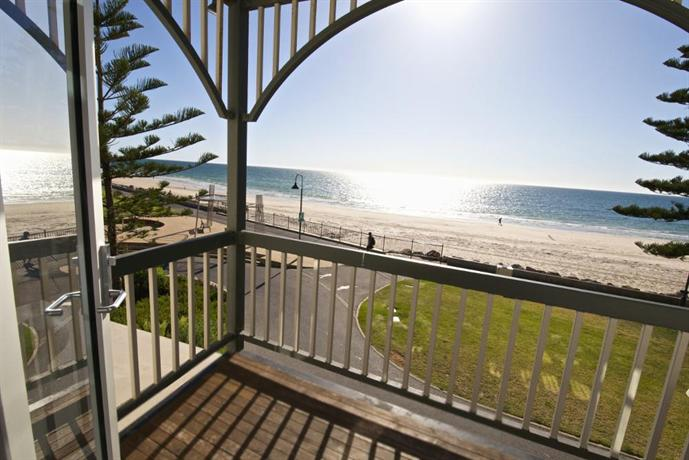Seawall Apartments Adelaide
