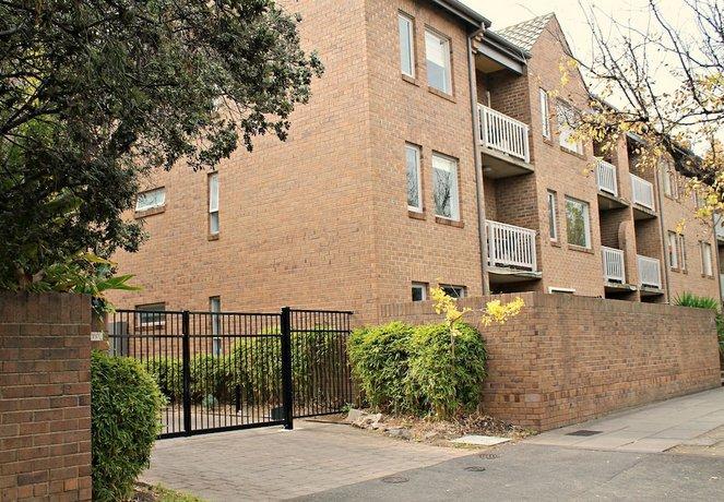 Adelaide DressCircle Apartments - Archer Street