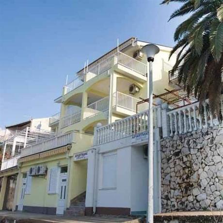 Apartments Raic Neum
