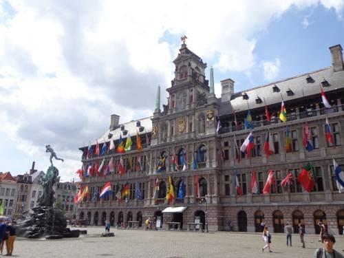 Harbour Suites Antwerp