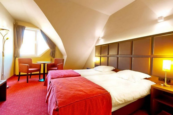 Hotel Adagio Heist
