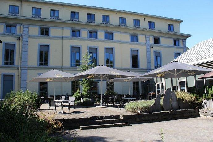 Castel de Pont-a-Lesse Hotel