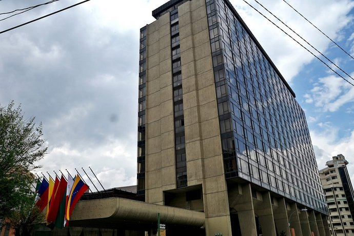 Real Plaza Hotel and Convention Center