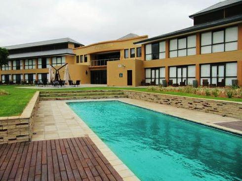 Phakalane Golf Estate Hotel