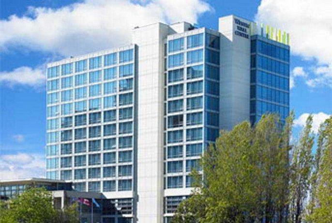 The Westin Wall Centre Vancouver Airport
