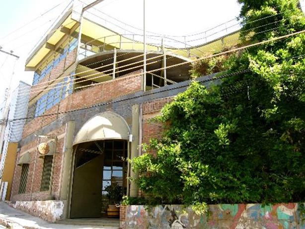 Valparaiso's Vineyard Inn