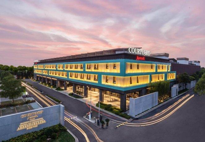 Courtyard by Marriott Shanghai International Tourism and Resorts Zone