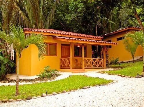 Esencia Hotel & Villas
