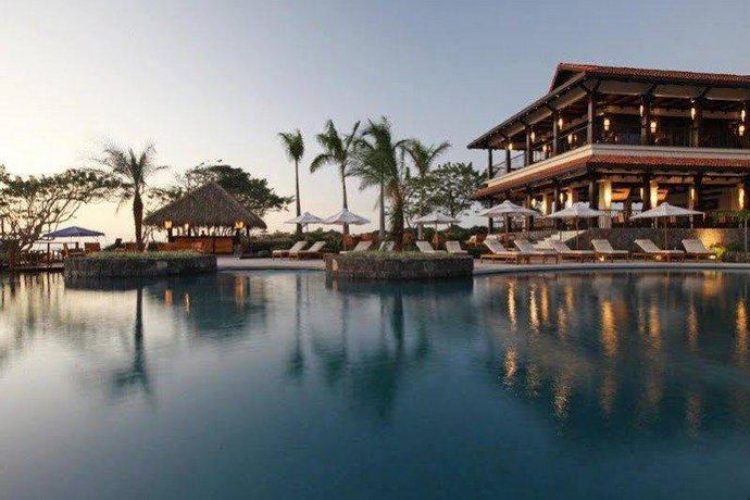 Hacienda Pinilla Beach Resort