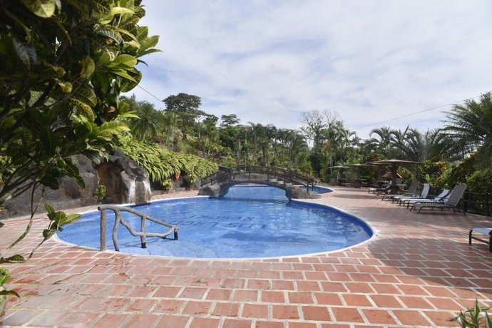 Hotel Los Lagos Spa & Resort
