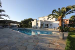 5 Br Villa Mazeri