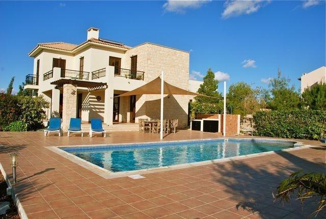 3 Br Villa Kellia - Aphrodite Hills - Aph 3514