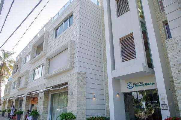 1 Bedroom Luxury Beachfront Apartment