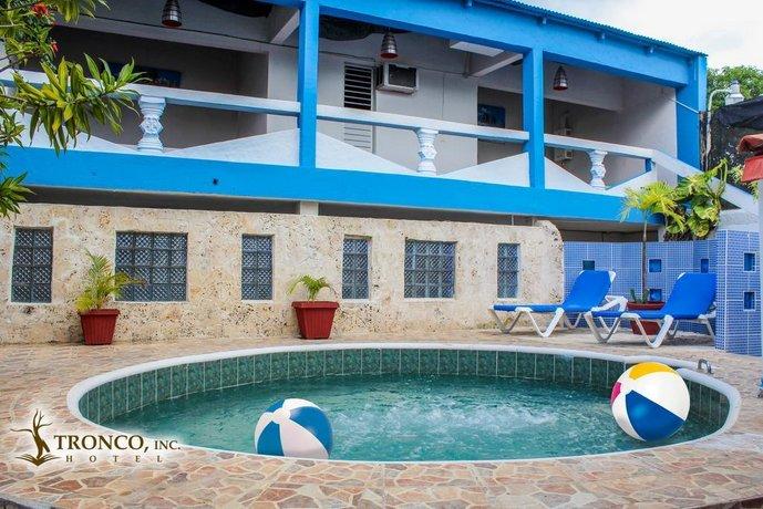Hotel El Tronco Inc
