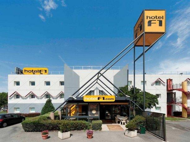 HotelF1 Pau