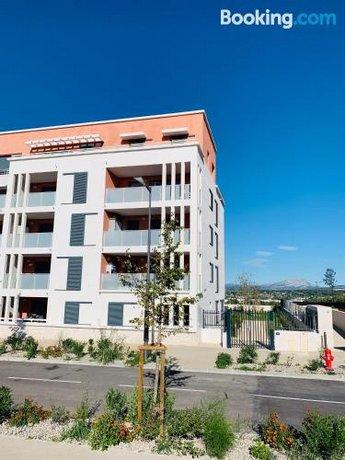 Beau T2 neuf Aix en Provence-La Duranne
