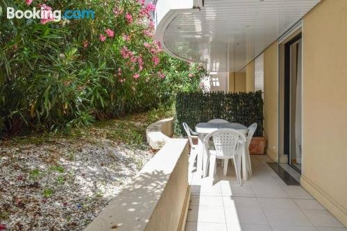 Central Cannes with intimate large terrace - 6 pax