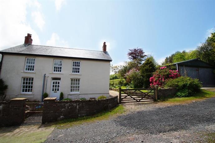 Onnen Fawr Farmhouse