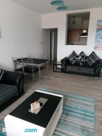 Plas Darien Apartments