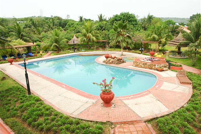 Afrikiko Riverfront Resort