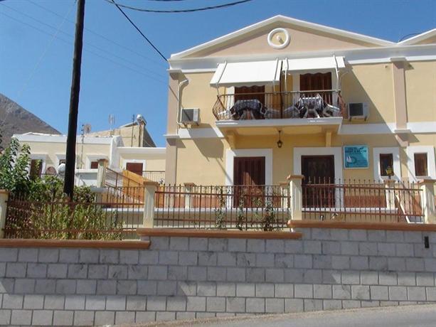 Villa Pinotsi