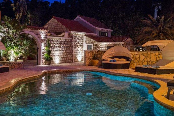 Villa Diamond Mlini